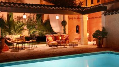 pool house. Black Bedroom Furniture Sets. Home Design Ideas